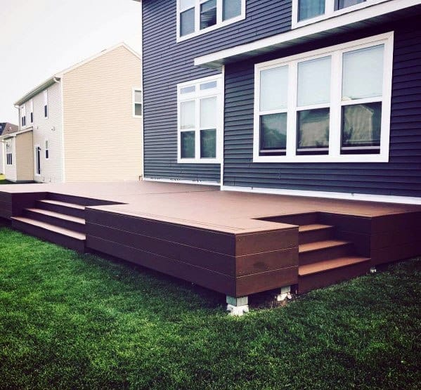 Back Of House Floating Composite Deck Ideas