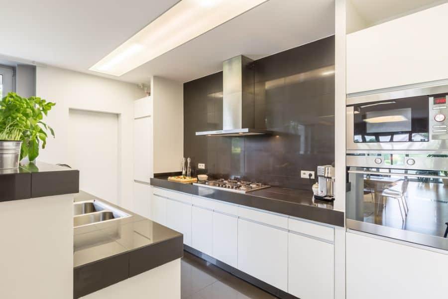 Backsplash Ideas Black And White Kitchen 2