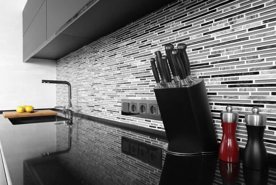 Backsplash Ideas Black And White Kitchen 3