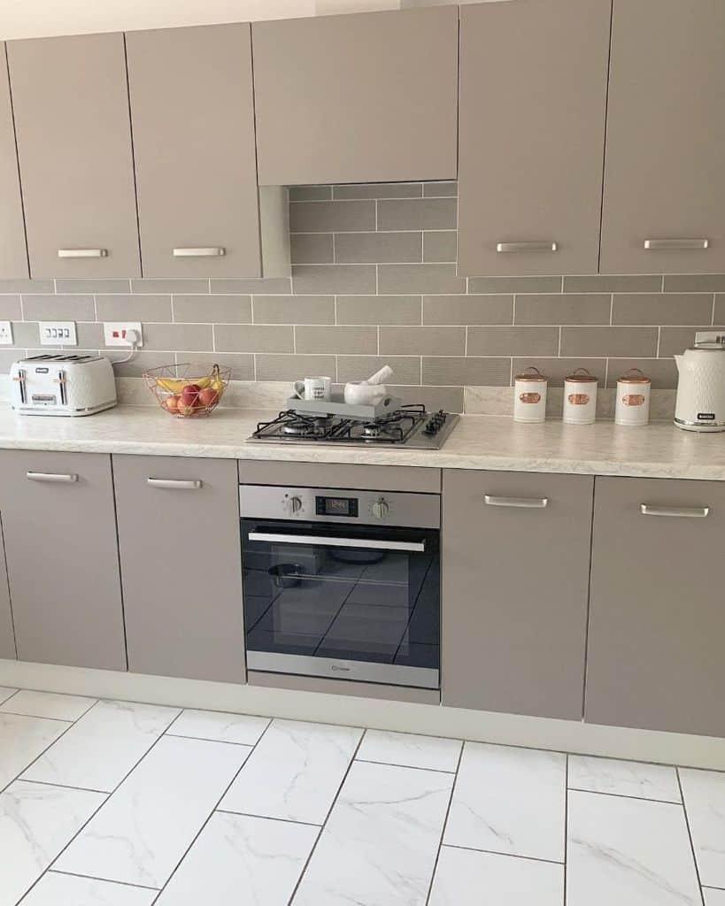 backsplash kitchen tile ideas inside_number_7