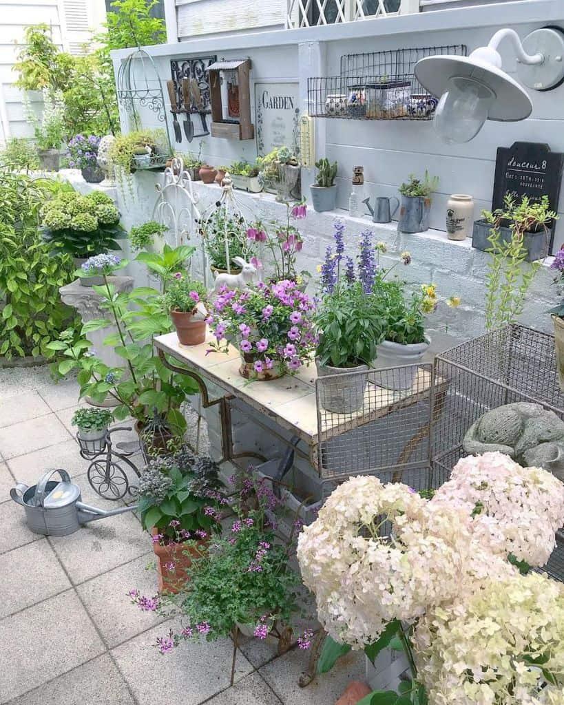 backyard container garden ideas jeanne_kokeshi