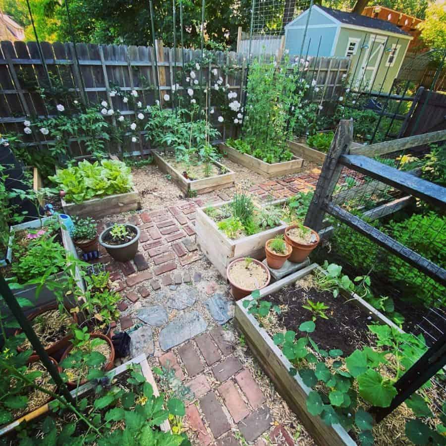 backyard farm raised garden bed ideas suburban_roots_ct