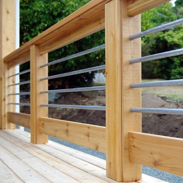 Backyard Metal And Wood Deck Railing Design