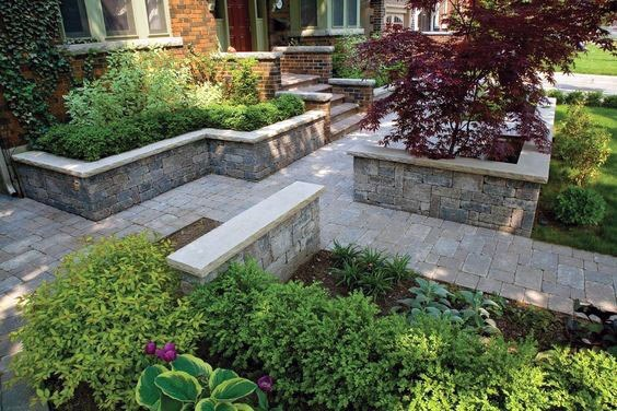 Backyard Outdoor Paver Walkway Design