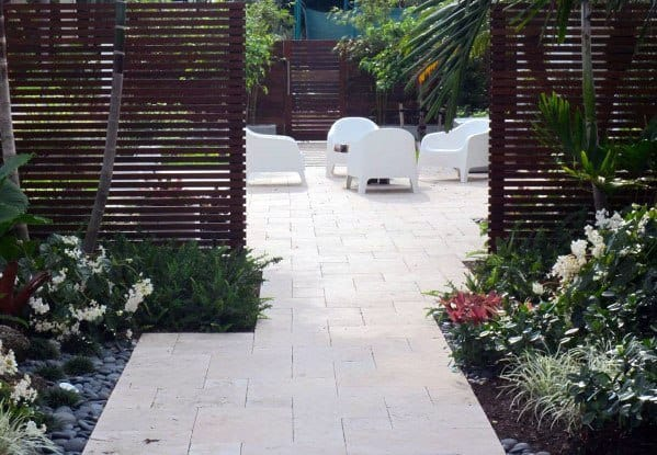 Backyard Patio Designs For Modern Fence