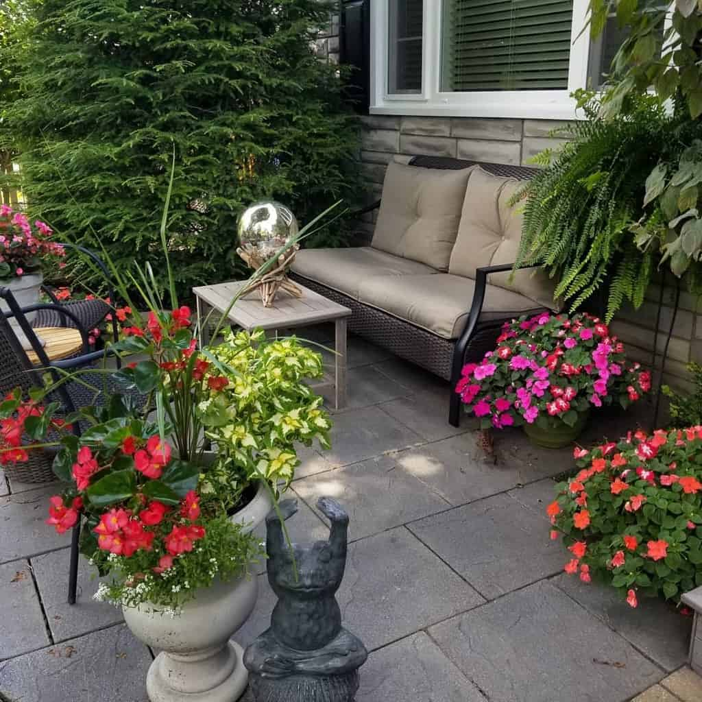 backyard patio small backyard ideas 216flowerpower
