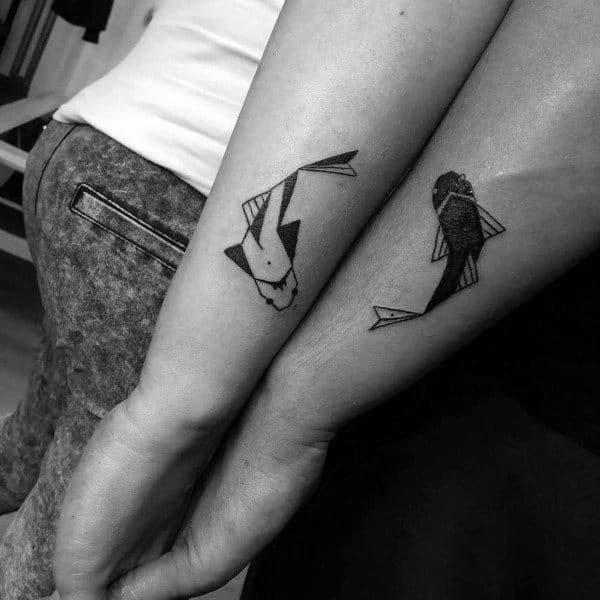 Tatuajes De Parejas Badass Diseño De Pez Koi