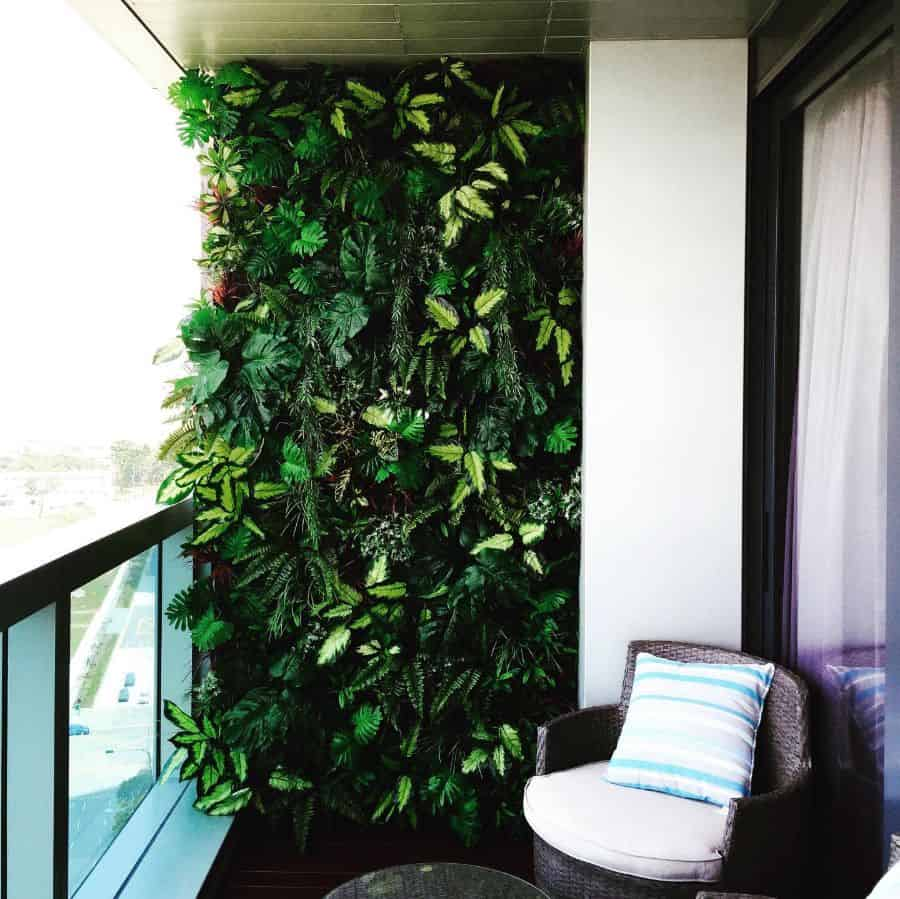 balcony vertical garden ideas averse_the_interior