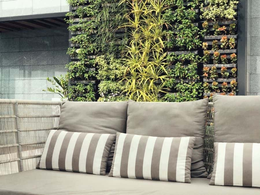 balcony vertical garden ideas