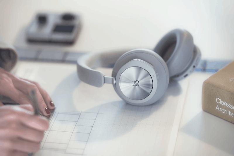 bang-olufsen-gaming-headset-2