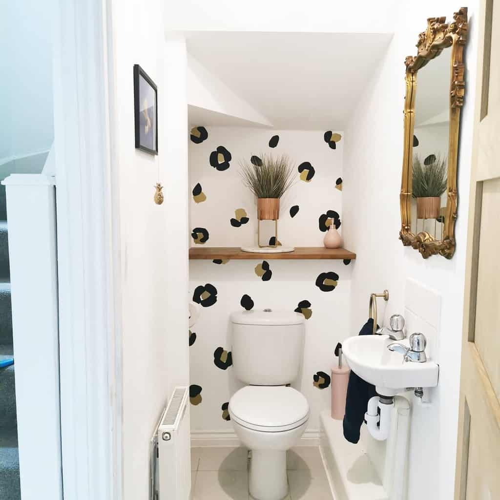 bathroom wall shelf ideas homewiththeteasdales