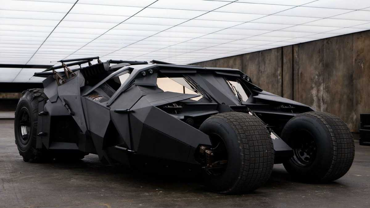 batmobile-batman-begins