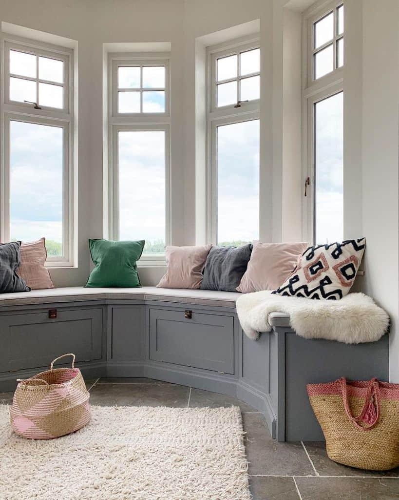 Bay Window Seat Talesofsilverdale