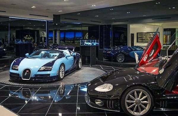 Beautiful Dream Garage In Home With Veyron