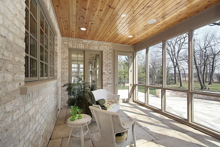 Beautiful Veranda Screened In Porch