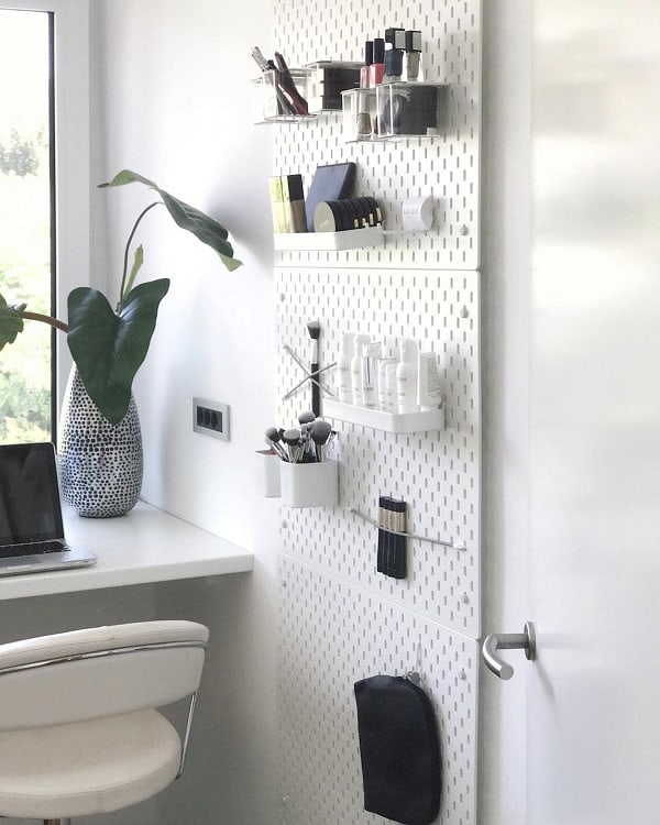 Beauty Corner Pegboard Ideas Nikaveger