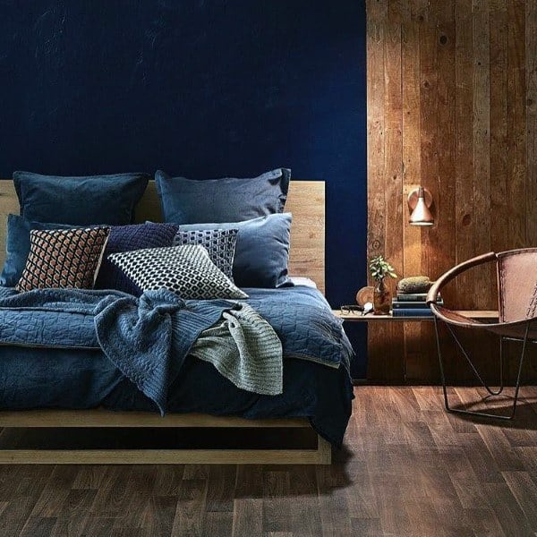 Bedroom Design Using Navy Color