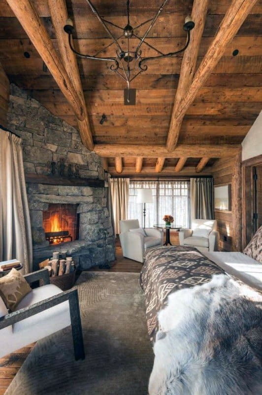 Charming Bedroom Log Cabin Interior Design