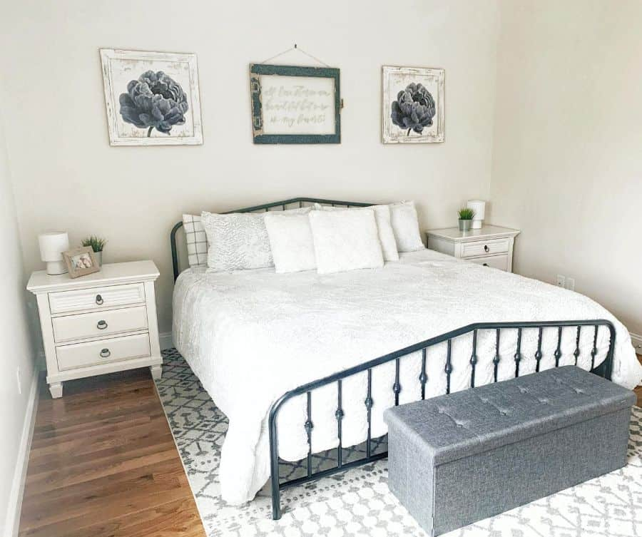 ottoman and bench bedroom storage ideas