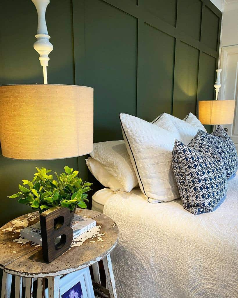 bedroom wall paneling ideas playing.house.interiors