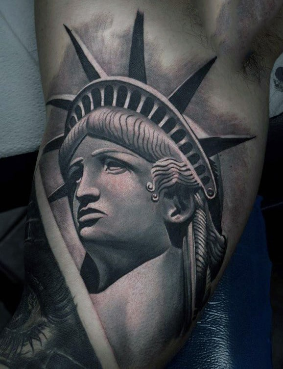 70 statue of liberty tattoo designs for men new york city for Free tattoos nyc 2017