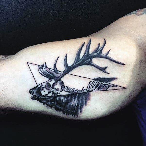 Bicep Skeleton Male Deer Skull Tattoos Designs