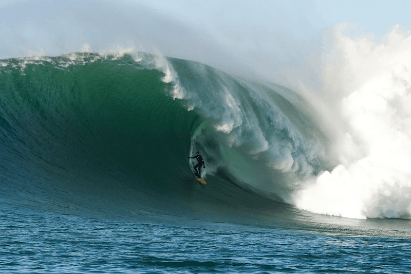 "Surfer Catches ""Wave of the Decade"" at Mavericks"