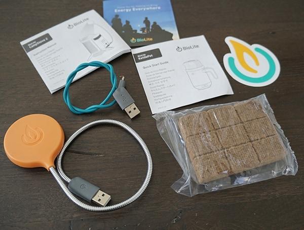 Biolite Campstove 2 Bundle With Usb Flex Light And Fire Starter