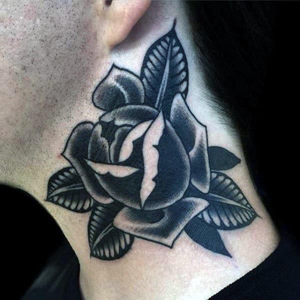 Tatuaje en el cuello, rosa negra y gris con hojas