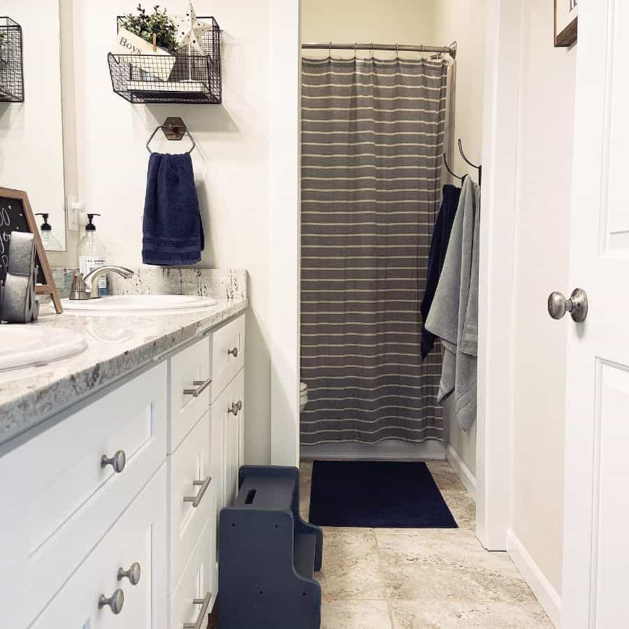 Black And White Kids Bathroom Ideas Howe Chic