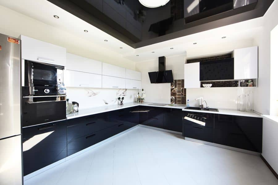 Black And White Kitchen Cabinets 1
