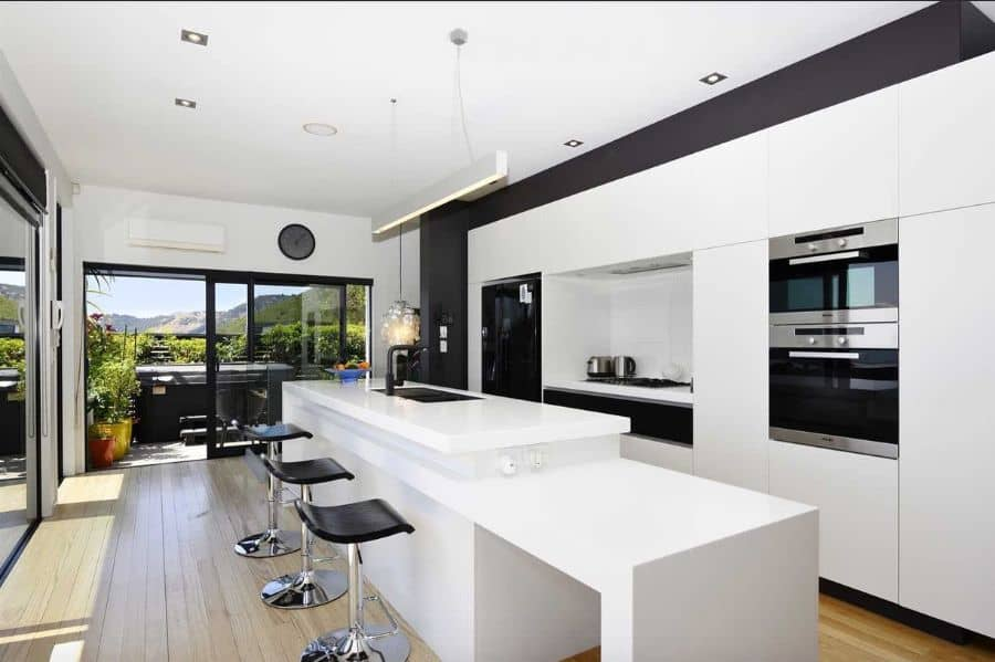 Black And White Kitchen Color Ideas Tawaandraven
