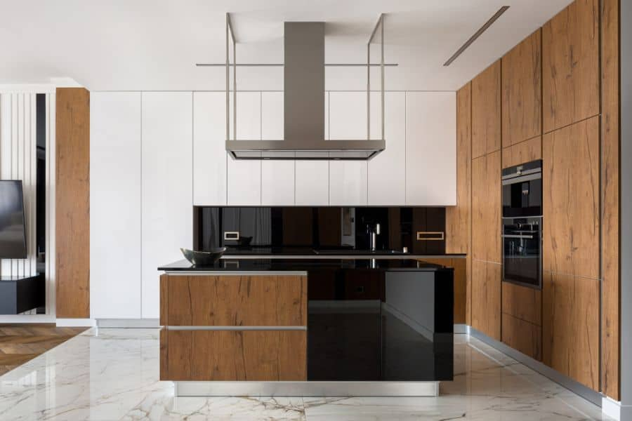 Black And White Kitchen With Wood Color Elements 3