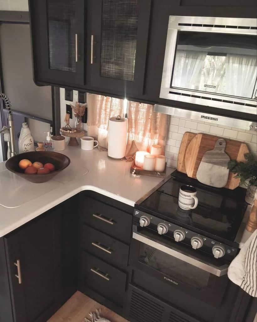 black and white kitchenette ideas bowenwiththeflow