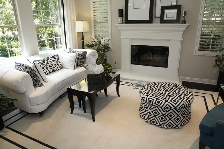 Black And White Mantel Decor Ideas