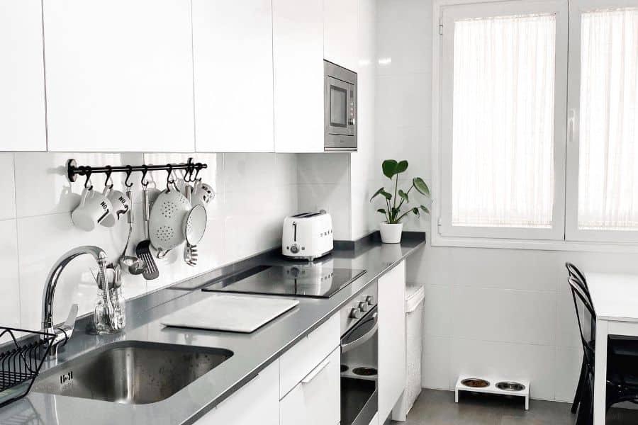 Black And White Small Kitchen Ideas Elcuartobe