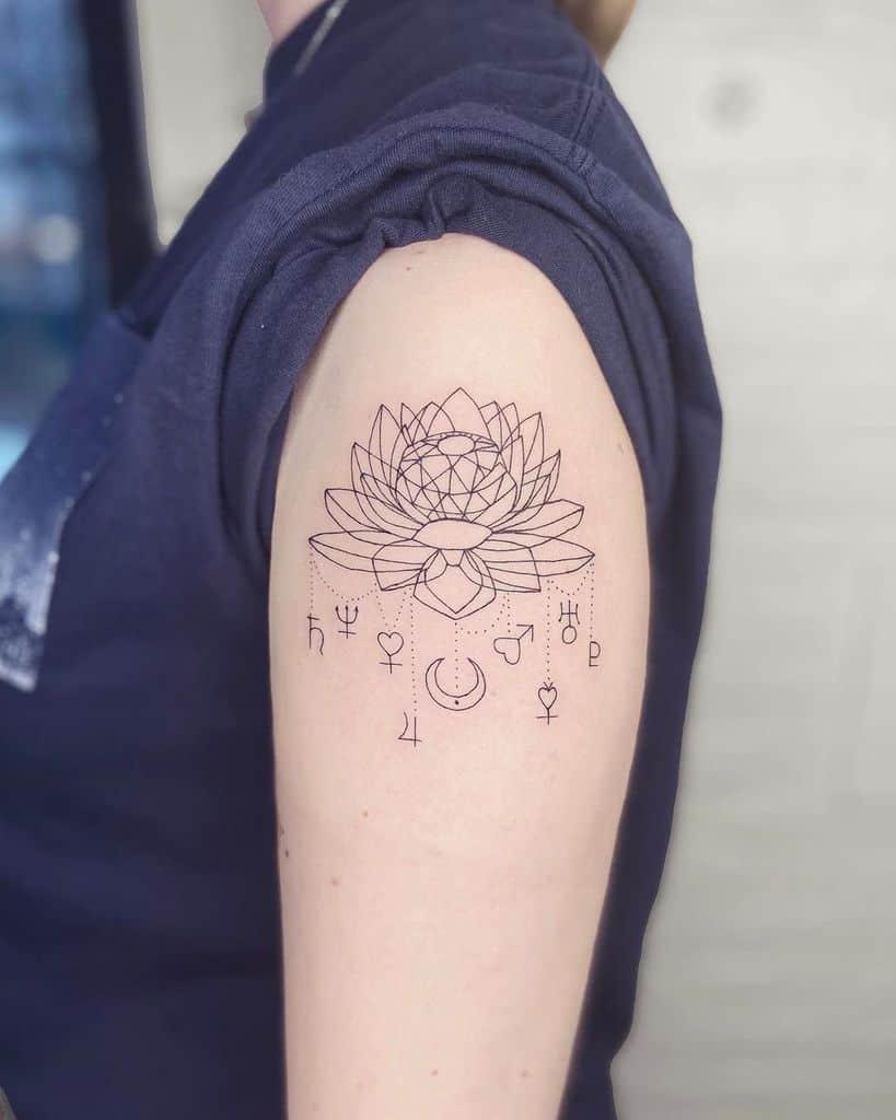 Black Ink Fleur Sailor Moon Tattoo
