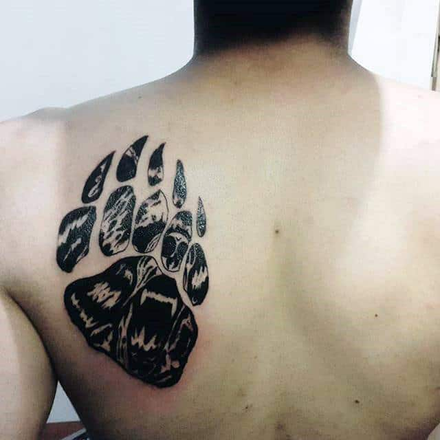 Black Ink Roaring Bear Claw Shoulder Tattoos For Males