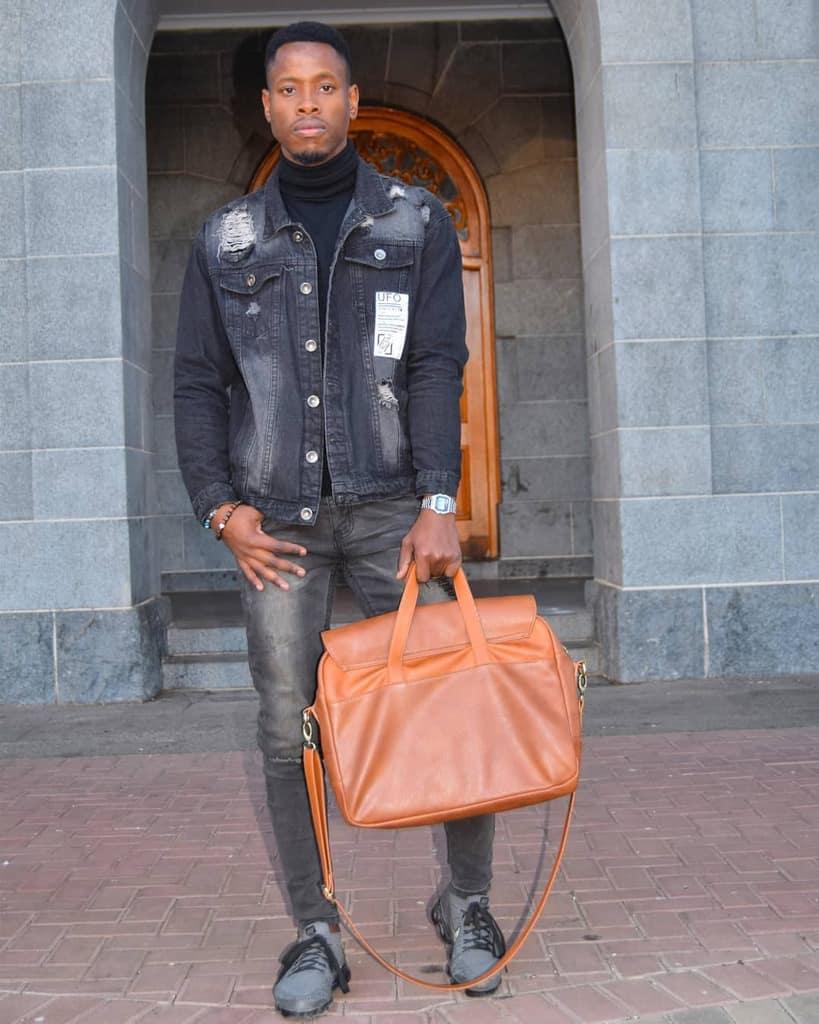 Veste en jean noir pour homme