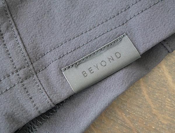 Black Mens Beyond Clothing Velox Light Softshell Branded Hem Detail