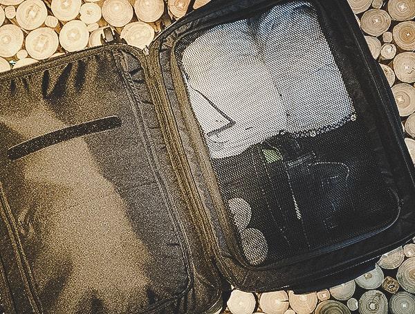Black Ogio Alpha Convy 522s Suitcase Review Interior
