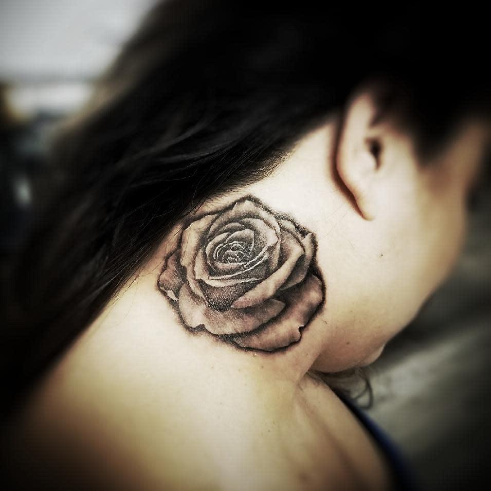blackwork rose neck tattoos darias_216