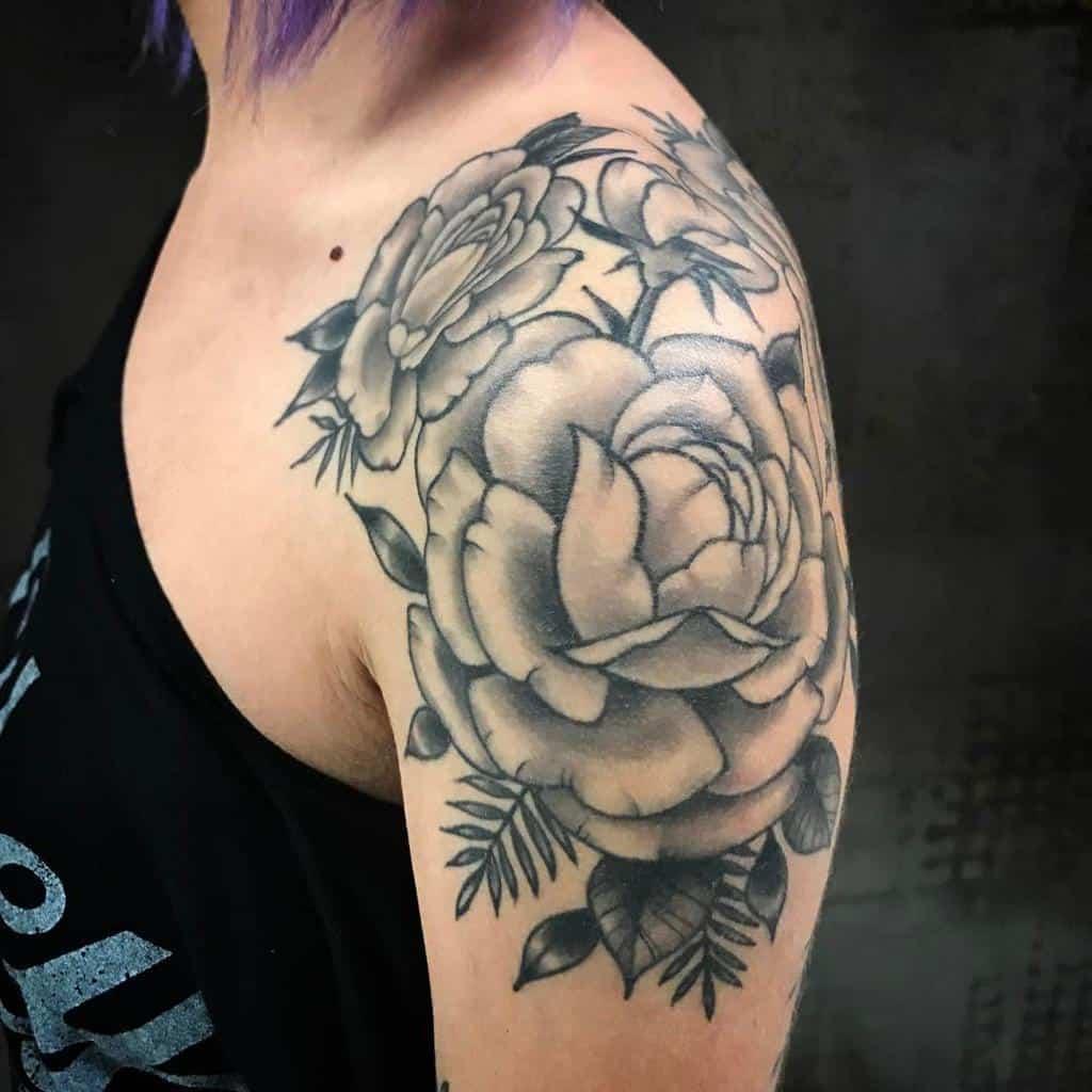blackwork rose shoulder tattoos leah_b_tattoos