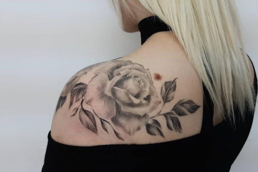 Top 51 Best Rose Shoulder Tattoo Ideas – [2020 Inspiration Guide]