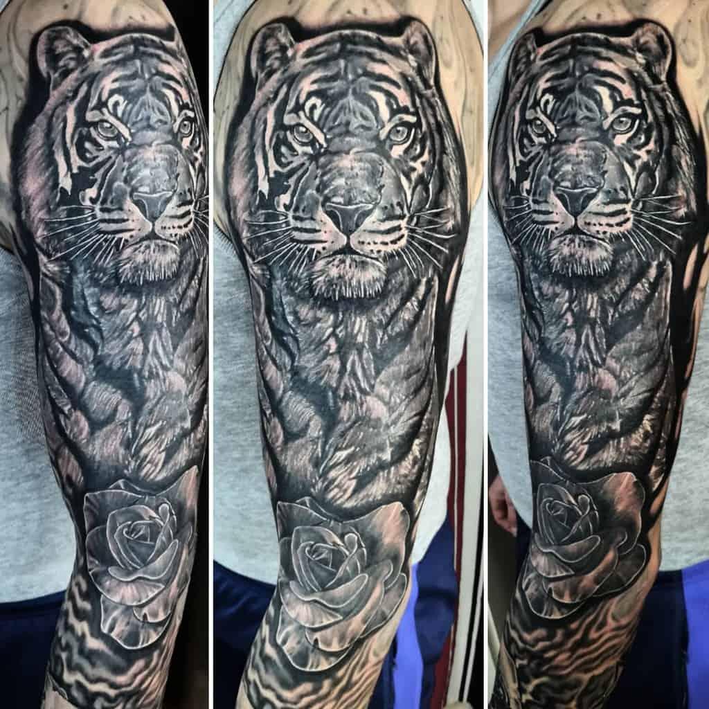 blackwork tiger rose tattoos johnnystattooart