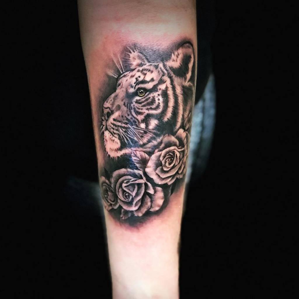 blackwork tiger rose tattoos tattoosbystish