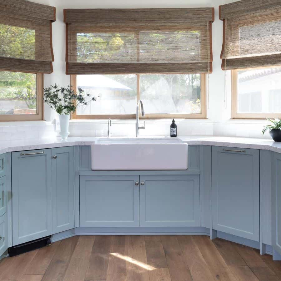 blinds kitchen window ideas randeleamaninteriors