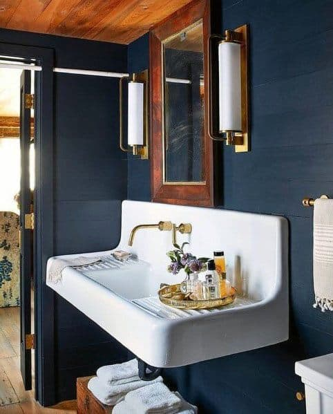 dark small bathroom paint ideas