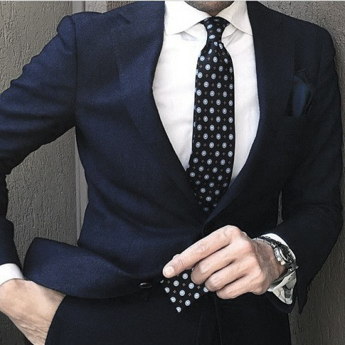 Blue Dot Tie Attractive Male Navy Blue Suit Styles
