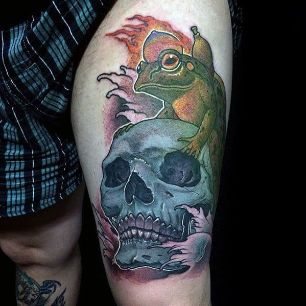 Blue Skull With Toad Thigh Tattoo Ideas For Gentlemen